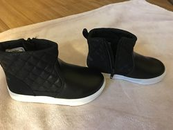 Ботинки Oshkosh на ножку 16, 5 см, новые