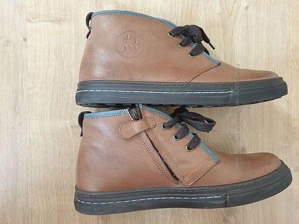 Демисезонные кожаные ботинки для мальчика 38 размер марки Froddo