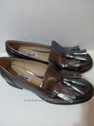 Clarksкрасивые кожаные туфли, р 37,