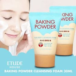Пенка для глубокой очистки Etude House Baking powder BB Deep Cleansing foam