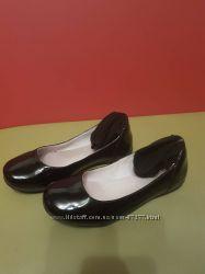 Лаковые туфли для школы и не только