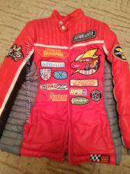 Куртка тачки от Disney 8-9 лет