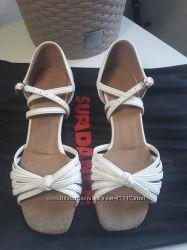Туфли девочке Supadanse