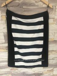Стильная юбка р. 36, бренд Comma