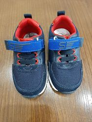 Продам новые кроссовки Chicco Shoe Blister р-р 20