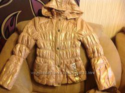 Золотистая курточка демисезонка на тонком синтепоне